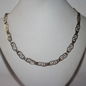"""Jewelry - Beautiful sterling silver necklace 16"""""""